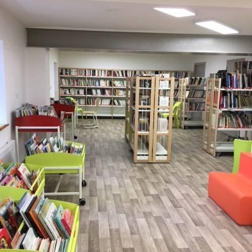 Bibliothèque / Horaires d'été